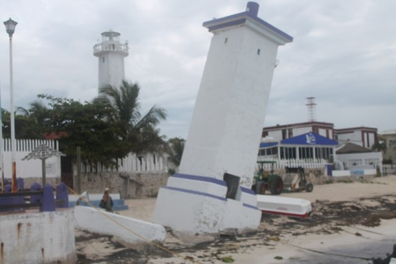 Leaning lighthouse of Peurto Morelos