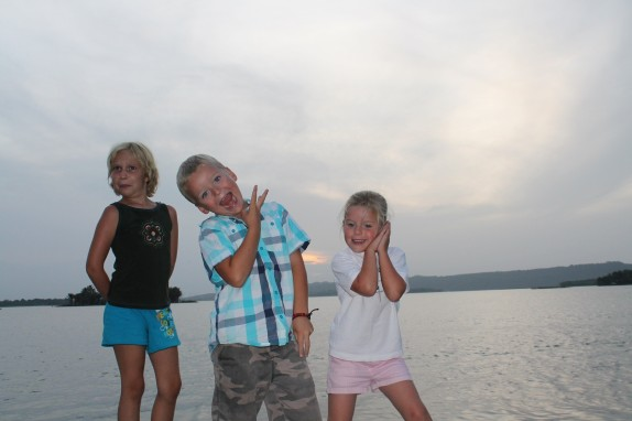Lily, Will and Molly practicing their Mayan dance moves.