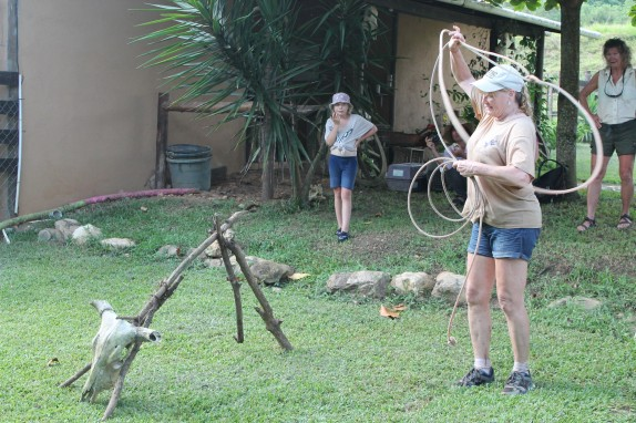 Pam gave us a quick roping lesson. She was a competitive roper when they were back in the states.