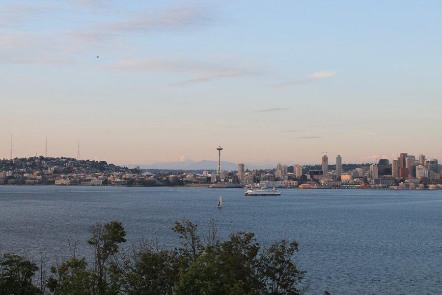 Sunset on Seattle skyline.