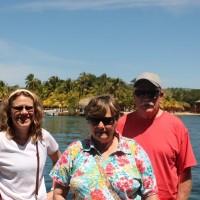 Toni, Faye and Carl enjoying the Roatan sun.